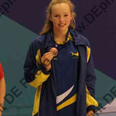 Leah Crisp - 800m freestyle bronze (youth)